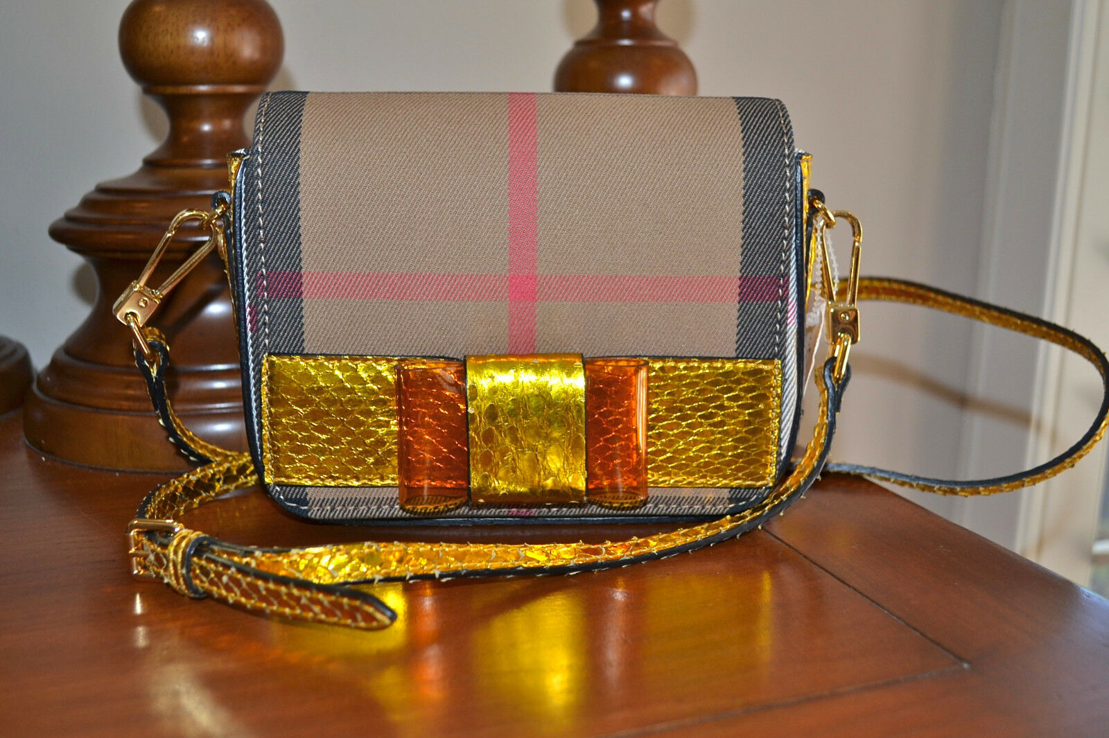New $1295 BURBERRY Berkeley House Check w Genuine Snakeskin Crossbody Bag Mini