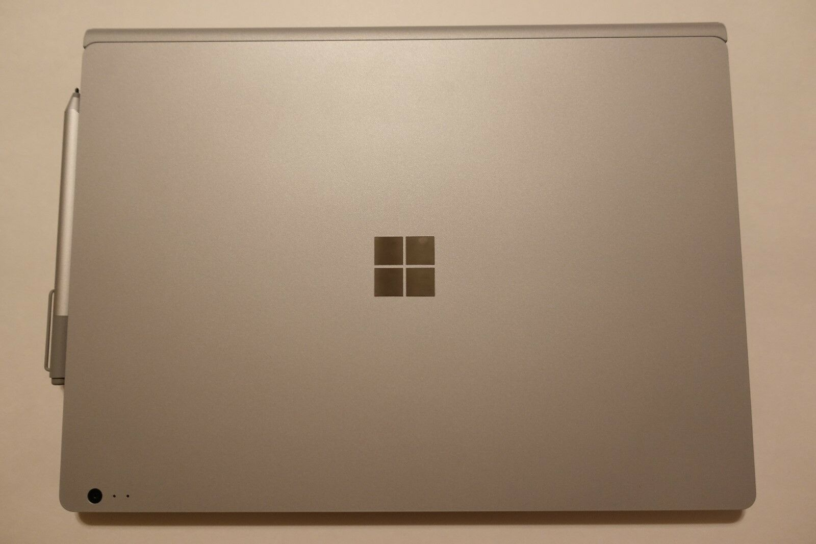 Microsoft Surface Book w/ Performance Base 13.5in. (512GB, Intel Core i7) Bundle