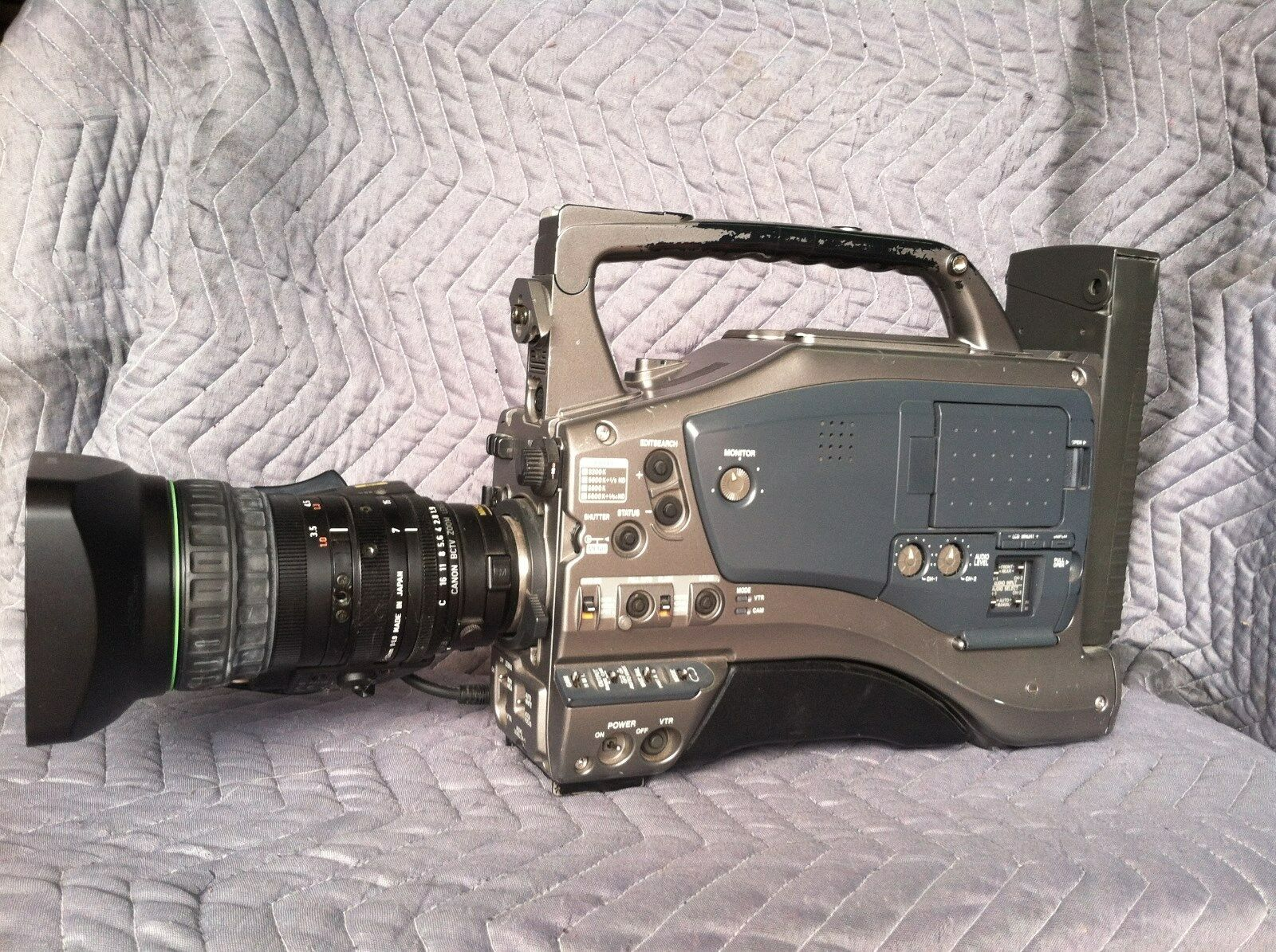 JVC GY-DV5000U w/ Canon 16x lens [See Condition Description]