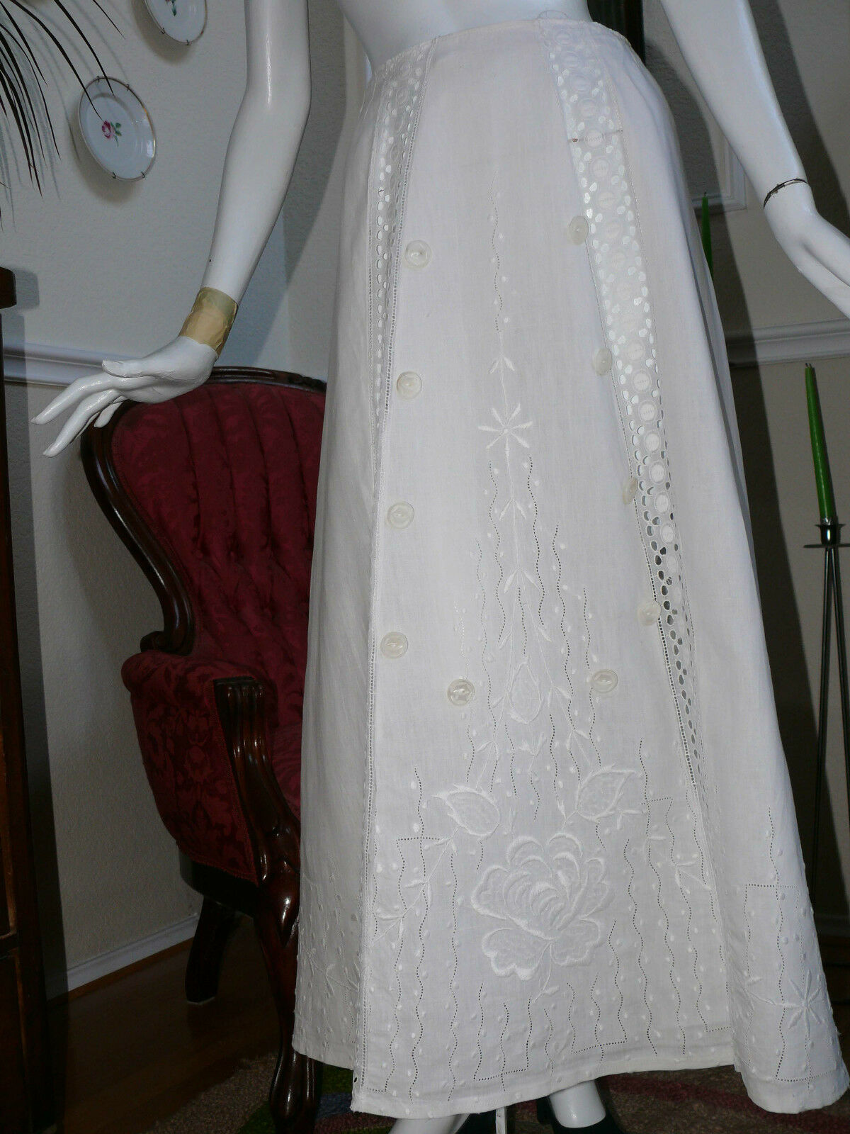 Stunning Victorian Skirt  White on White Embroidered Linen Art Nouveau Wedding