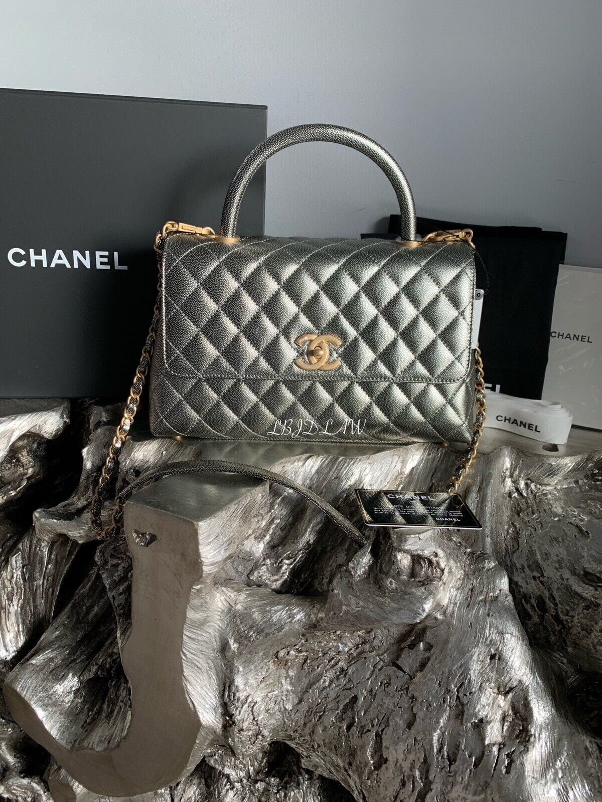 NWT CHANEL BLACK LAMB JUMBO Classic Double Flap 2.55 GOLD HW LAMBSKIN 00V NEW