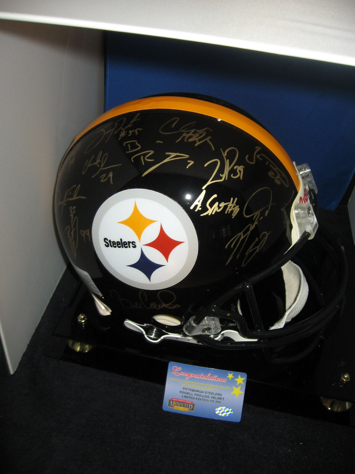 SB XL TEAM OF THE  STEELERS SIGNED AUTO GAME  HELMET MOUNTED MEMORIES CERTIFIED