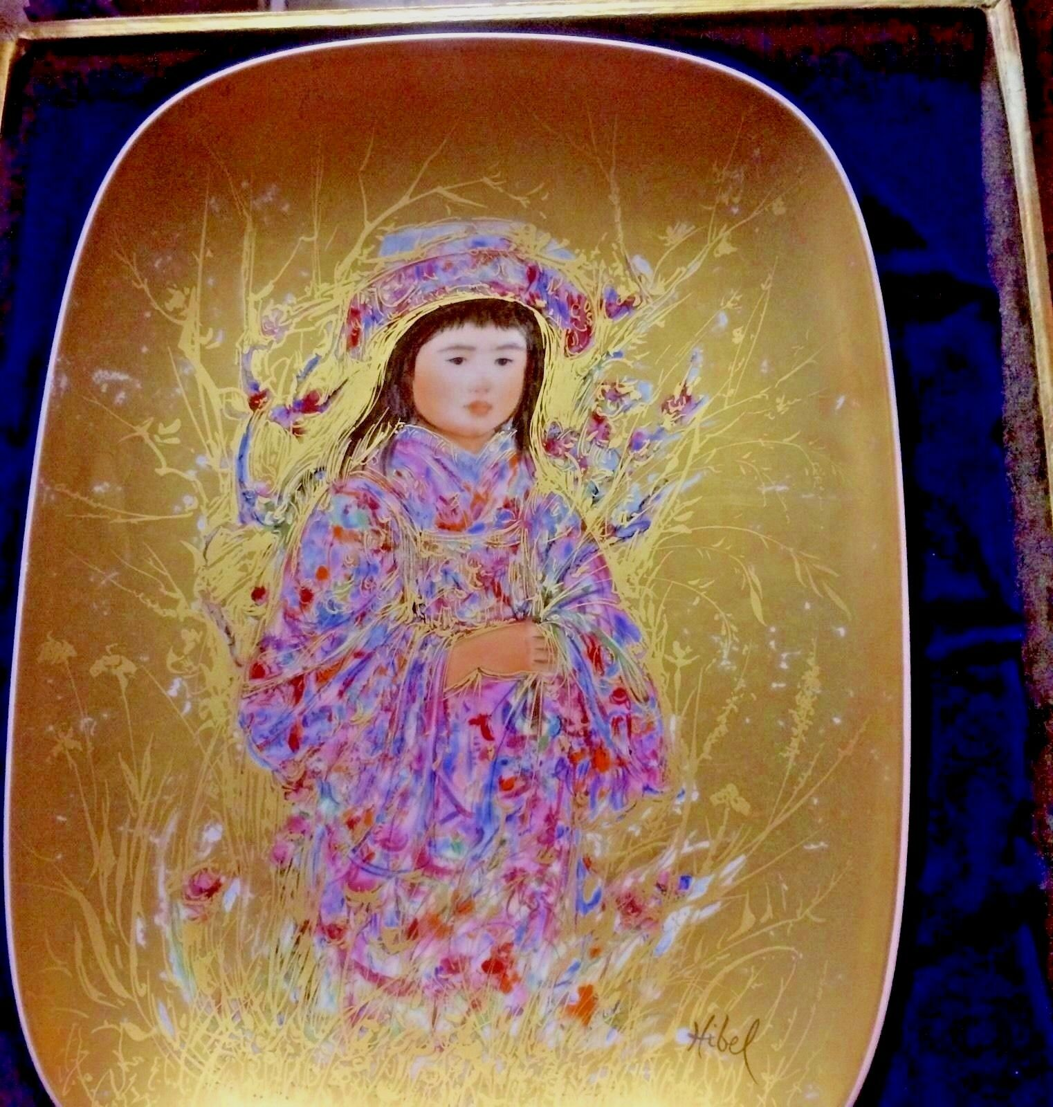 Edna Hibel Plate TAKARA Arte Ovale 24k GOLD Plate G-77 NEW in Box