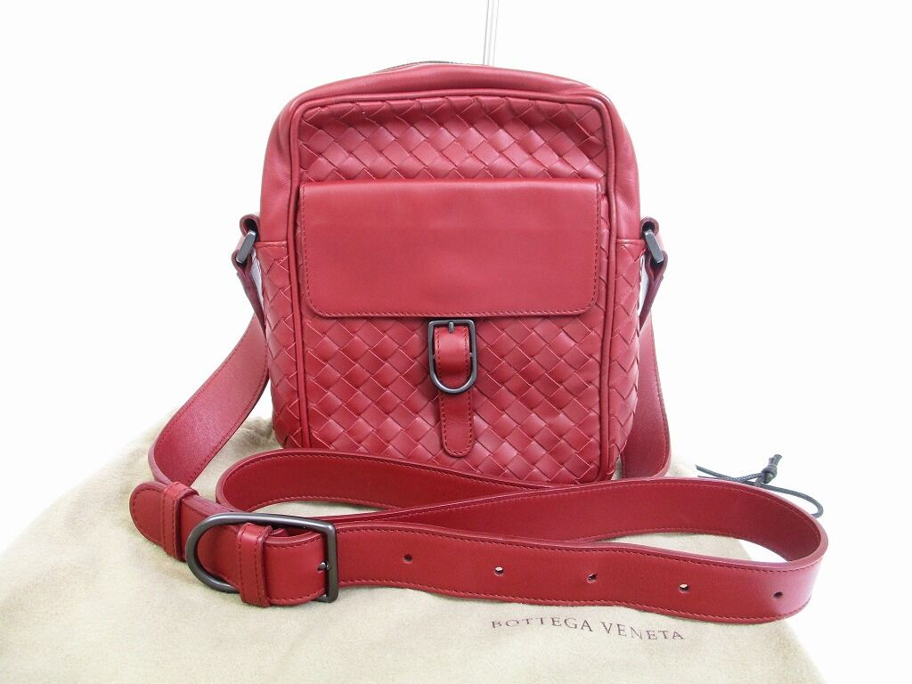 Auth BOTTEGA VENETA Intrecciato Leather Wine Red Crossbody Bag Purse #6294