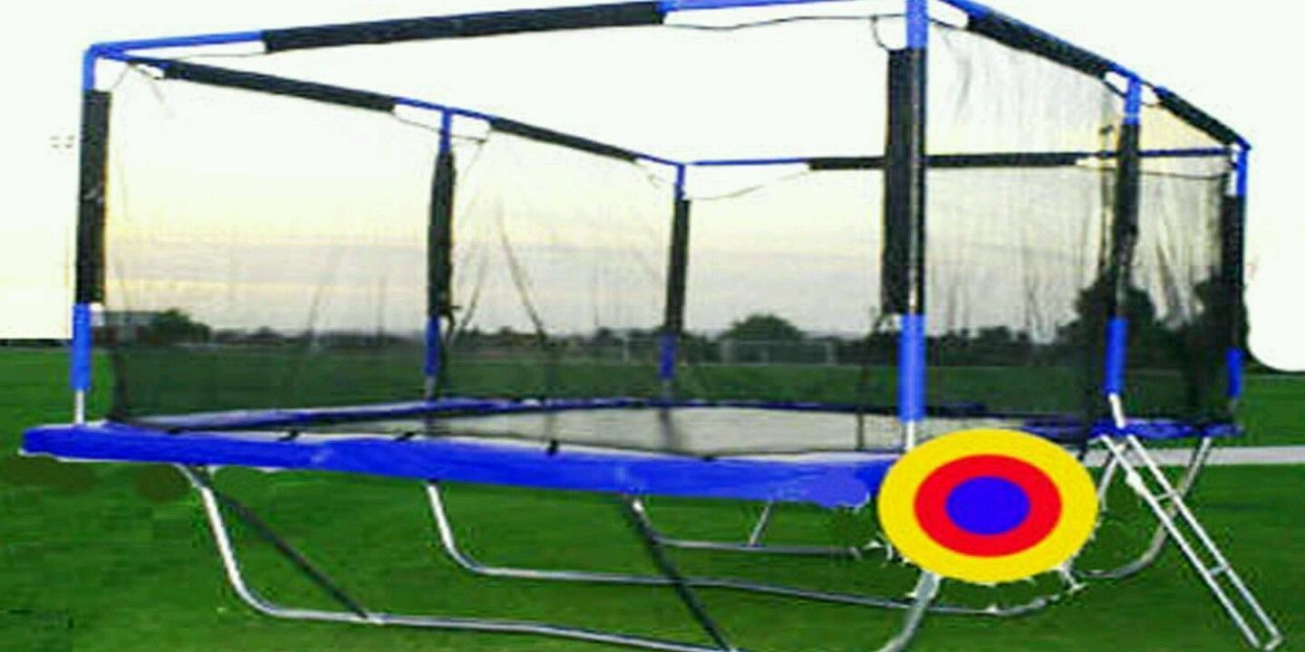 Best bid wins Proamponite 10x17 ft Rectangle Trampoline and Safety Net Enclosure