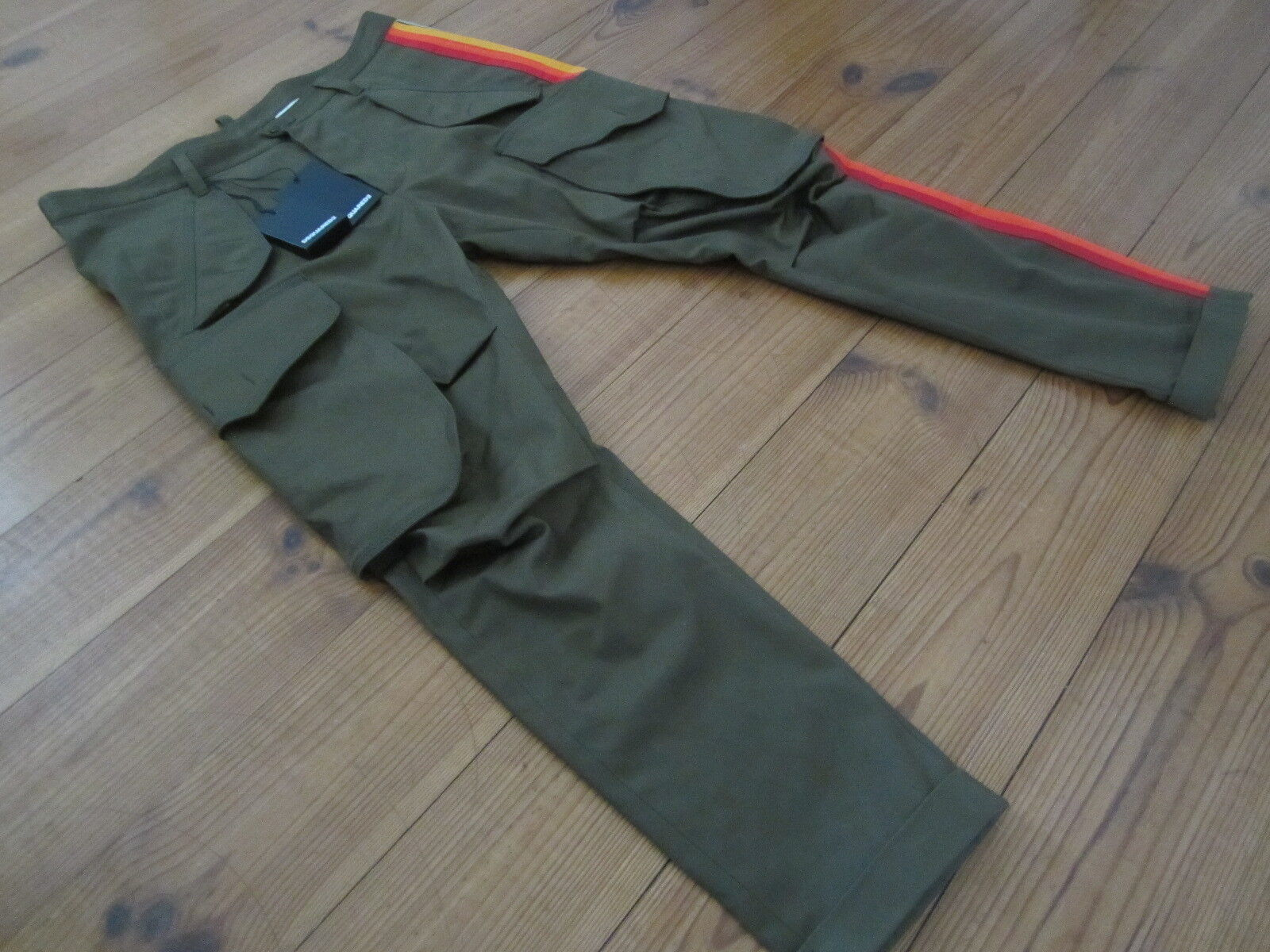 100% auth. olive cropped Skinny DSQUARED