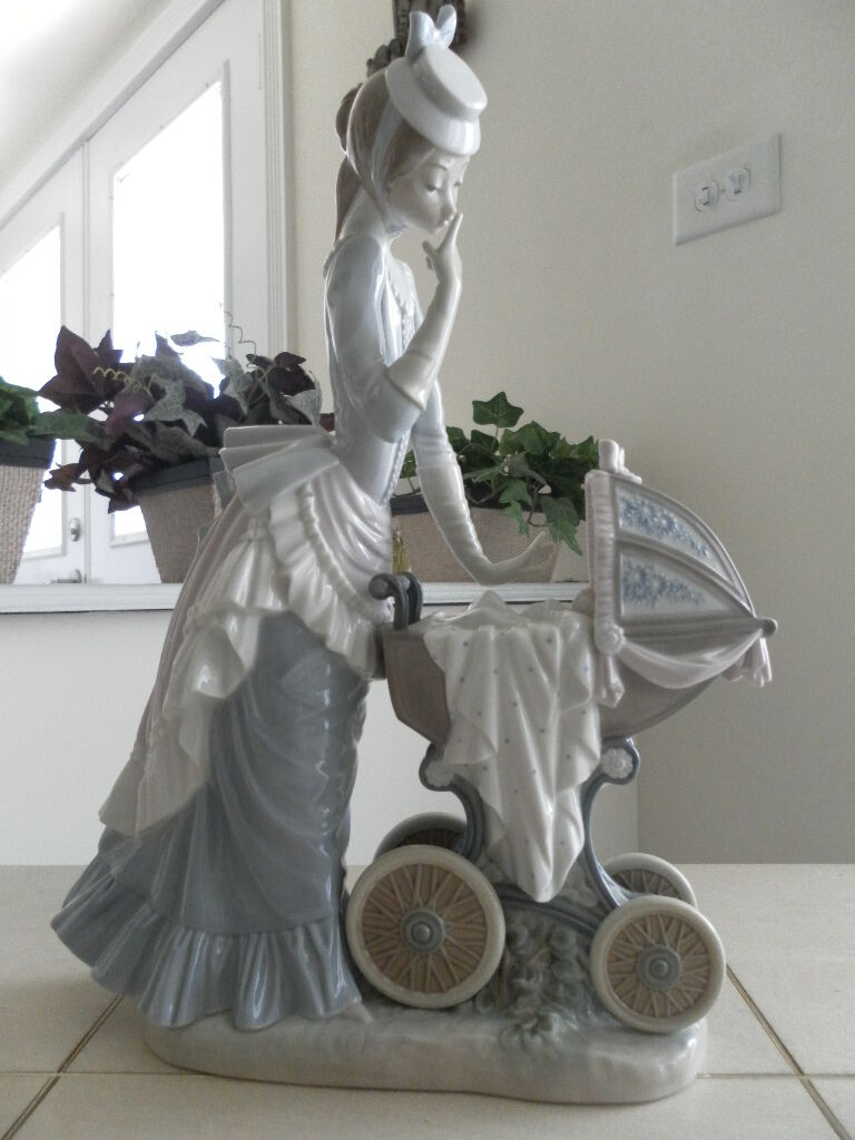 LLADRO BABY'S OUTING 4938 LARGE PIECE STUNNING DETAILS MINT FAST SHIPPING!!!