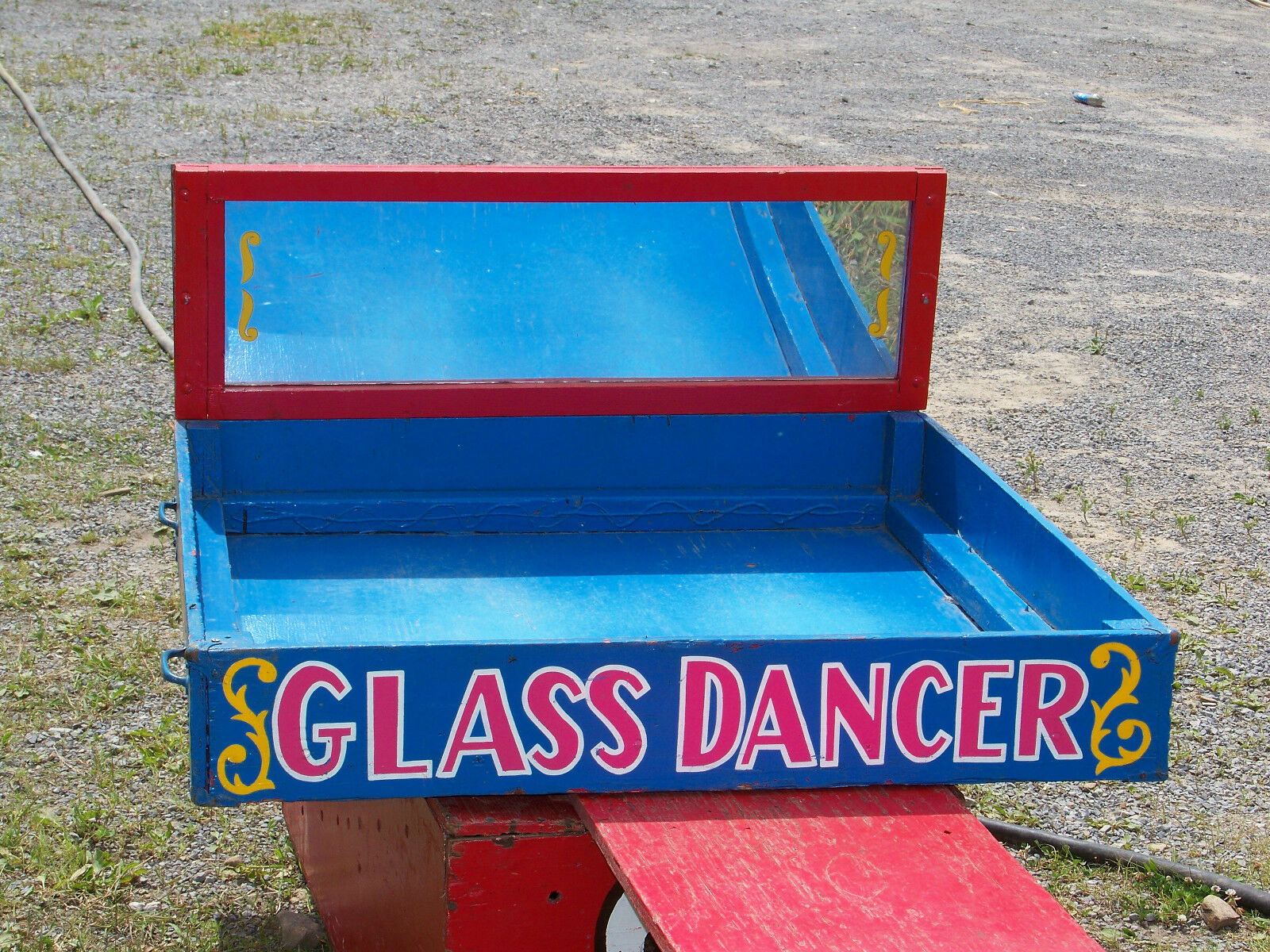 RARE AUTHENTIC CIRCUS SIDESHOW GLASS WALKER BOX PROP,FREAK,ODDITY,MAGIC,CARNIVAL