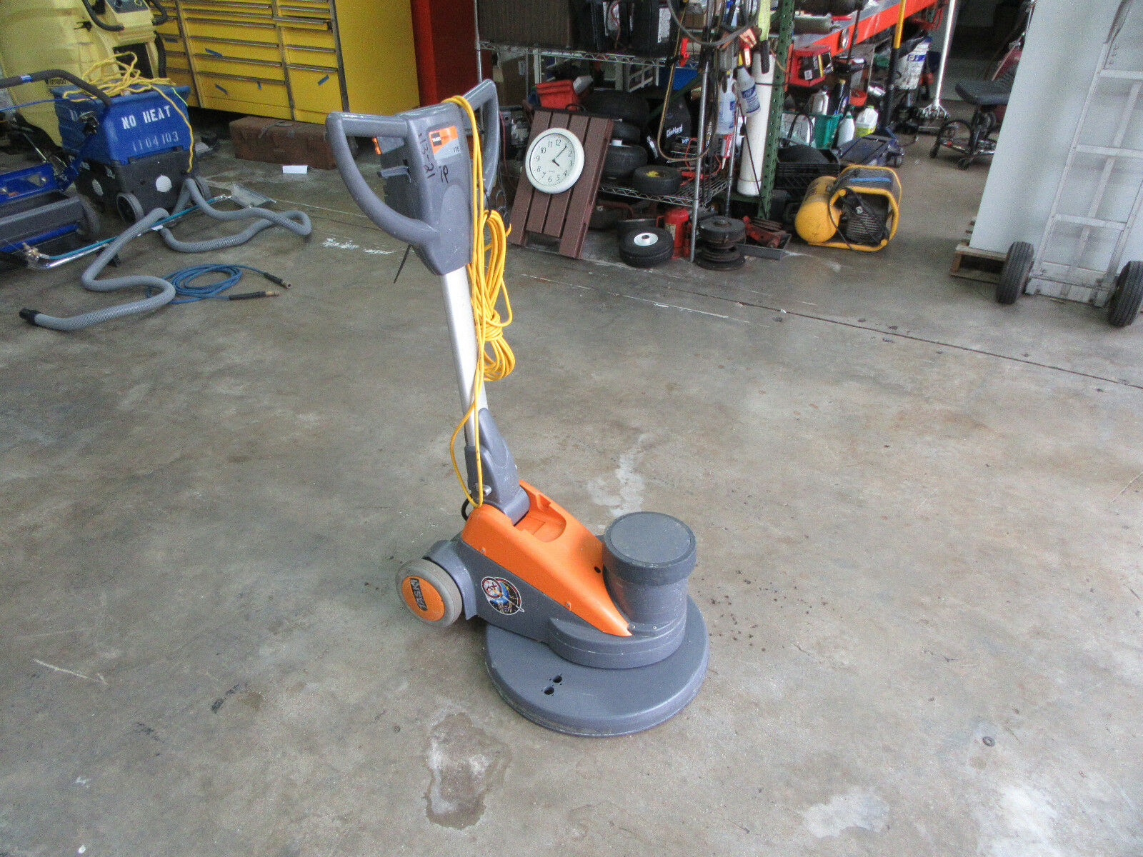 Taski Ergodisc 175 Slow Speed Electric Floor Buffer 20