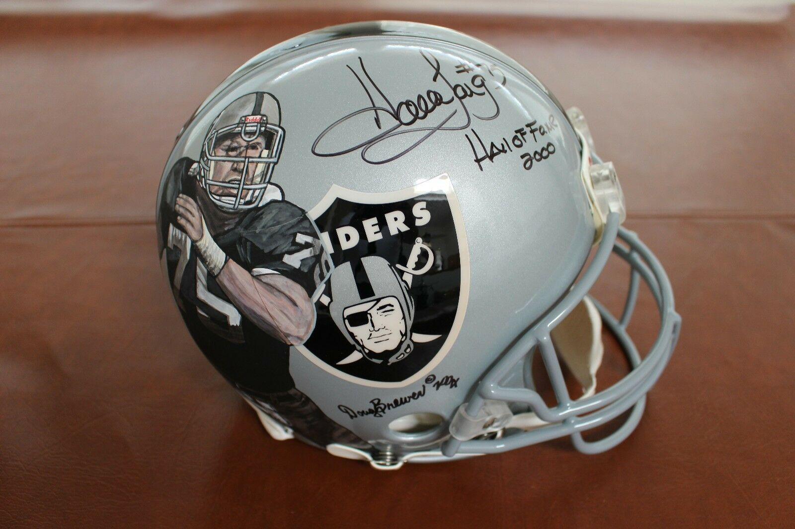 Howie Long Raiders NFL Riddell On Field Full Size Hand Painted signed helmet HOF