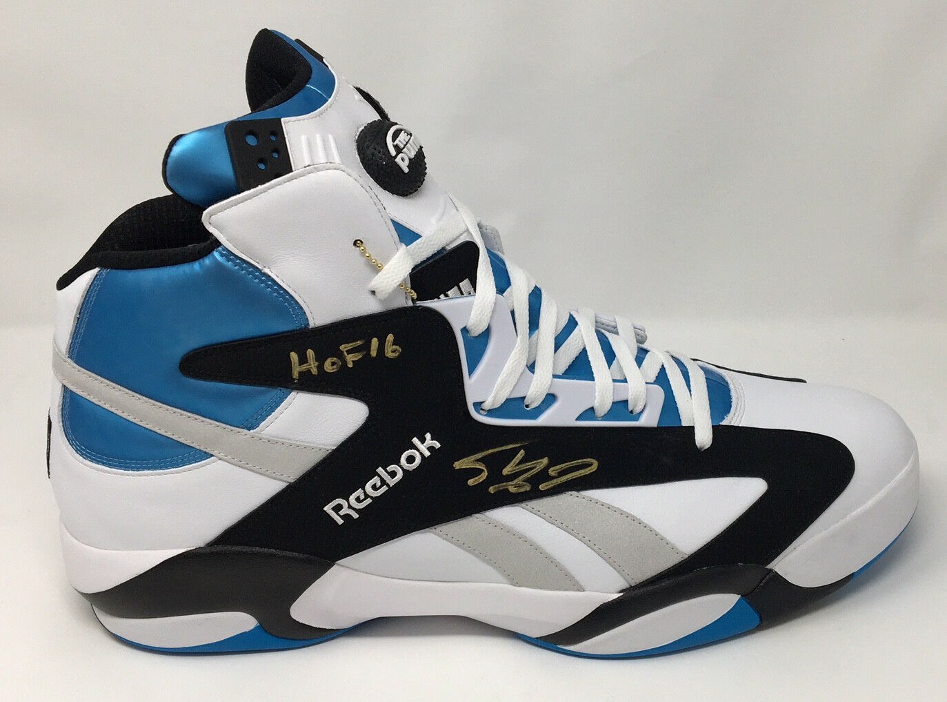 SHAQUILLE O'NEAL Autographed / Inscribed