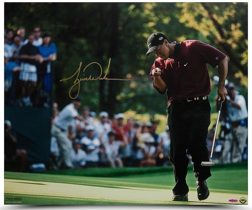 TIGER WOODS Autographed