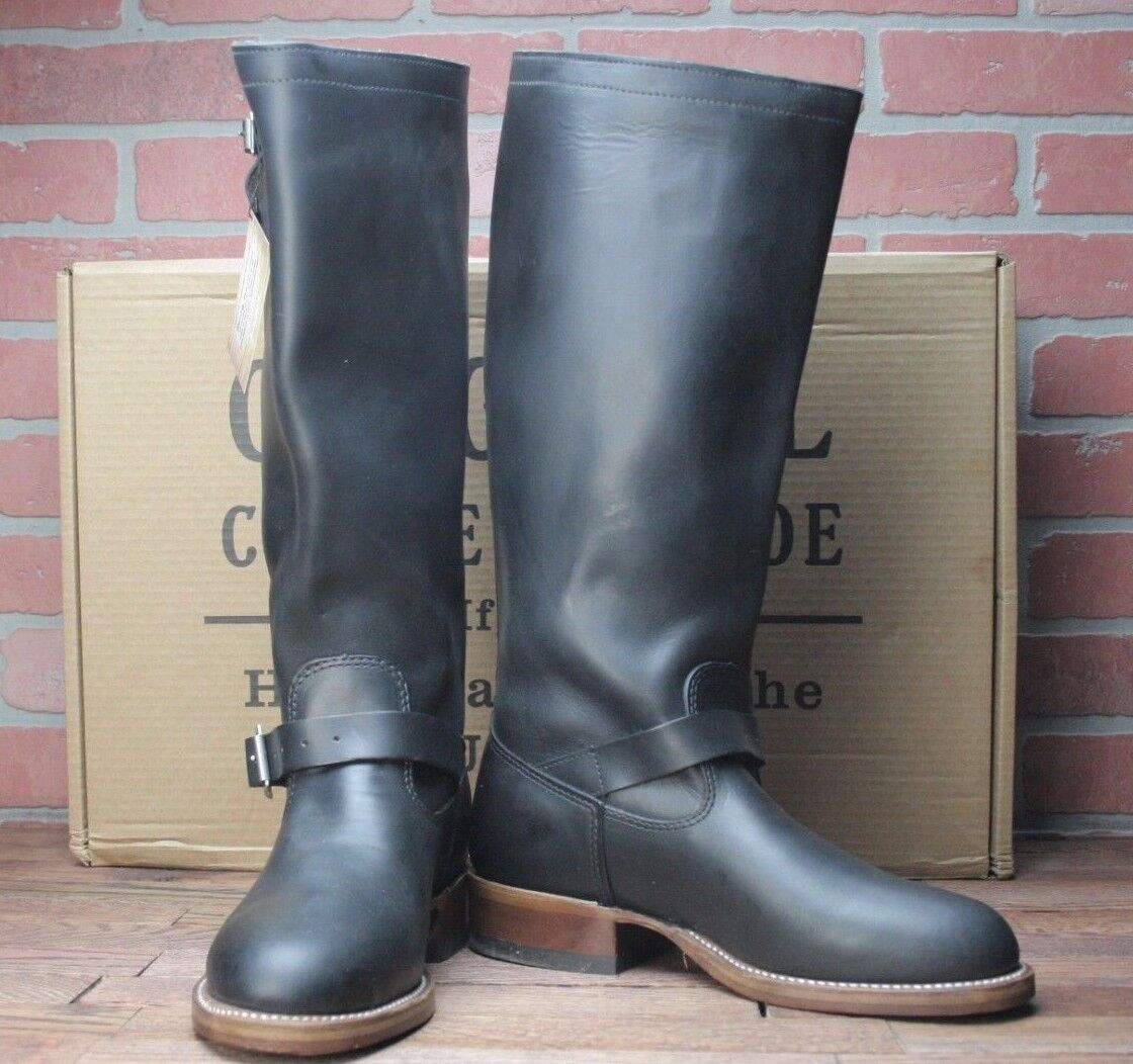 Chippewa Men's ORIGINAL ENGINEER PLAIN TOE Black Boots 4578BLK Size 8 E (Wide)
