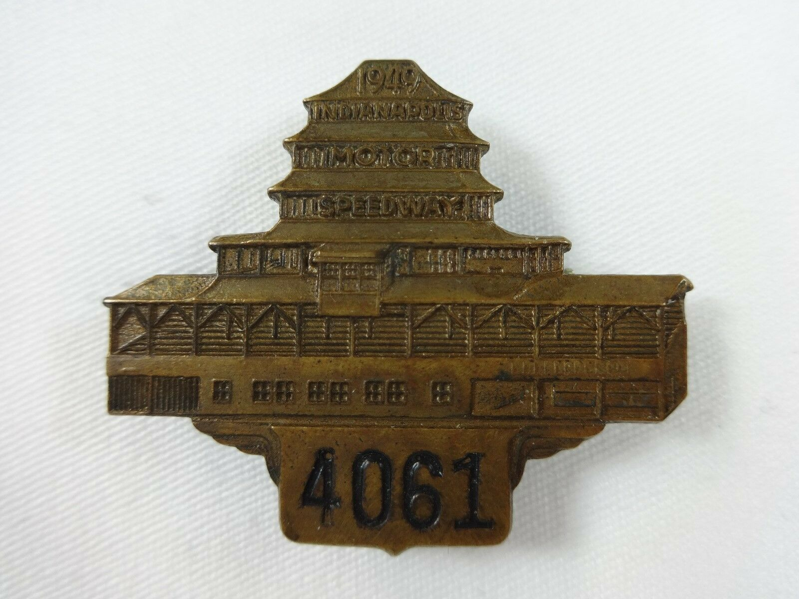 1949 Indianapolis 500 Bronze Pit Badge Pagoda Bill Holland Lou Moore