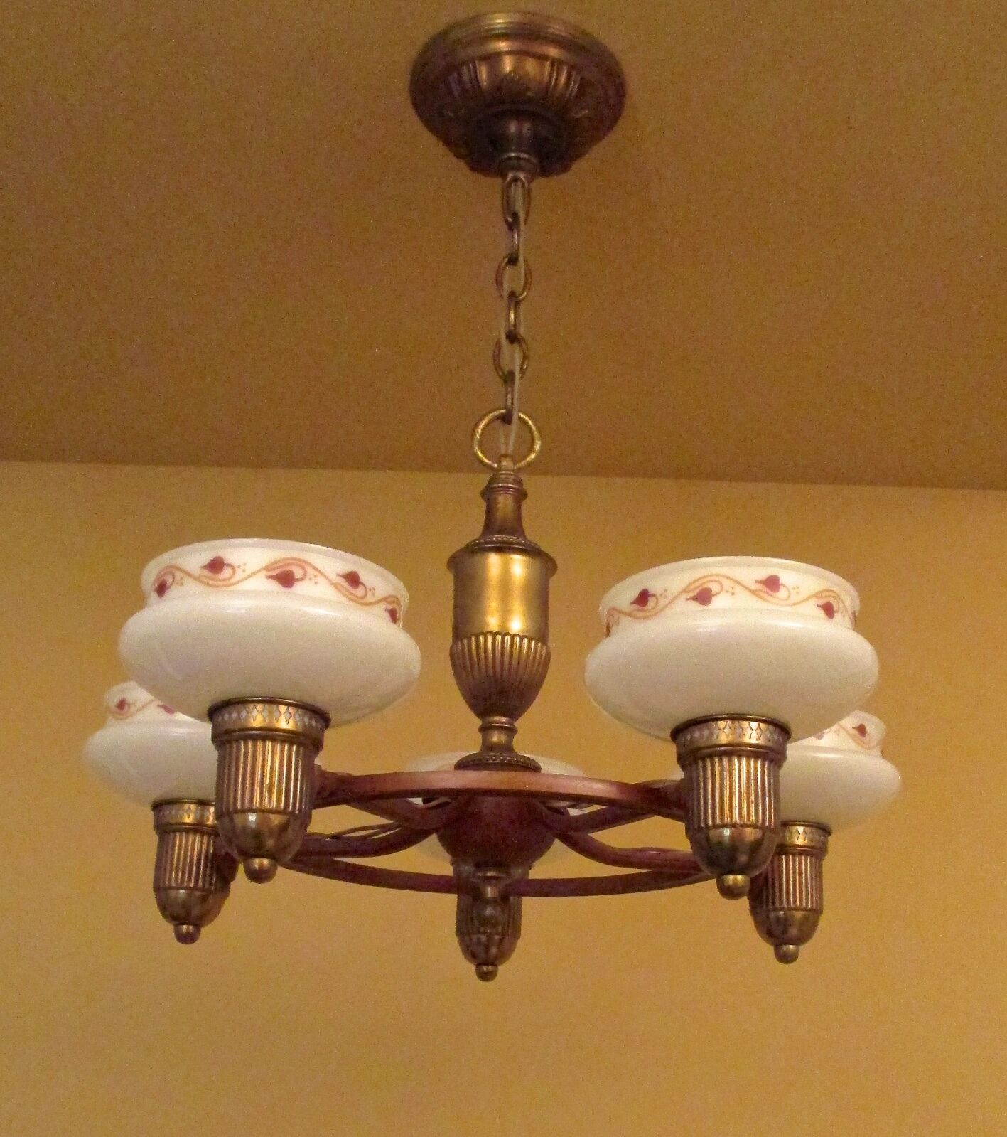 Vintage Lighting 1930s Lightolier chandelier