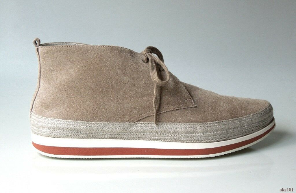 new $725 men's PRADA taupe gray suede LOGO lace-up ankle CHUKKA boots 9 US 10