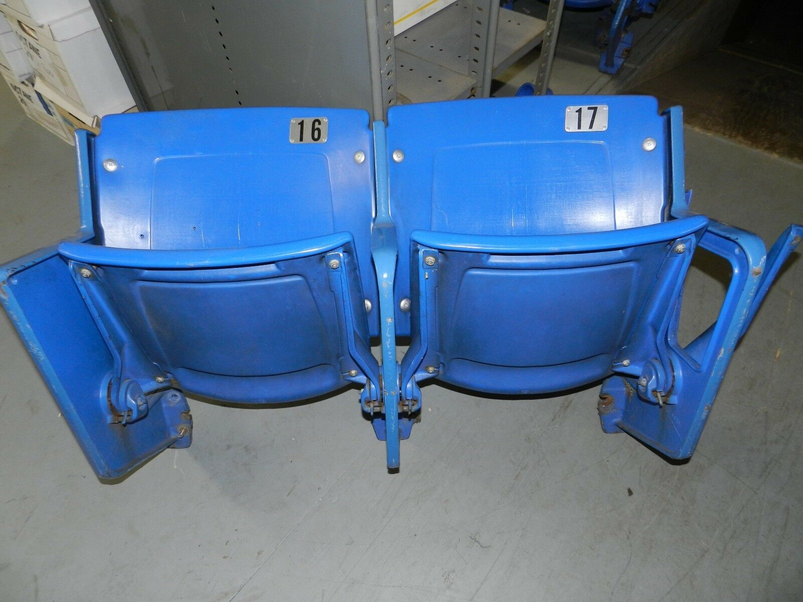Minnesota Vikings Twins Hubert Humphrey Metrodome Stadium Game Used Seats 16-17