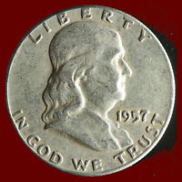 1957 P FRANKLIN 90 SILVER HALF DOLLAR SHIPS FREE. BUY 5 FOR $2 OFF