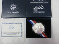 2009 UNCIRCULATED  ABRAHAM LINCOLN  SILVER DOLLAR WITH BOX /COA