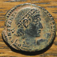 CHECK OUT THE EYES    DOUBLE STRUCK CONSTANTINE I GLORIA EXERCITVS AE 3/4
