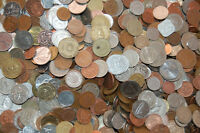 PAPERCHASESUE'S 5 POUND BAG OF MIXED WORLD COINS / 400 500 COINS / PRICE LOWERED