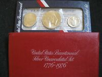 1776   1976 US BICENTENNIAL UNCIRCULATED SILVER 3 COIN SET IN US MINT ENVELOPE