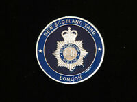 NEW CHALLENGE COIN.  METROPOLITAN POLICE NEW SCOTLAND YARD LONDON ENGLAND