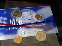 1999  U.S. MINT P & D $1 SUSAN B ANTHONY UNCIRCULATED COIN S