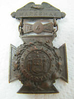 EARLY 1900'S 4 YEAR EXPERT MARKSMAN SMALL ARMS PRACTICE MEDAL DIEGES CLUST ORNT