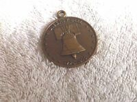 LIBERTY BELL 1776 1976 AMERICAN BICENTENNIAL MEDAL BY THE COMMEMORATIVE MINT Z