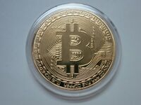 BITCOIN GOLD PLATED PHYSICAL BITCOIN BTC CRYPTOCURRENCY COLLECTIBLE COIN IN CASE