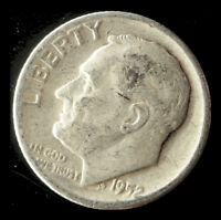 1952 P ROOSEVELT 90  SILVER DIME SHIPS FREE. BUY 5 FOR $2 OFF