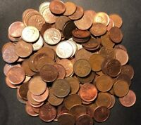 OLD CANADA COIN LOT   100 ONE CENT PENNIES   MIXED DATES   L