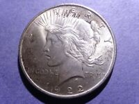1922 PEACE DOLLAR  BORDERLINE UNCIRCULATED