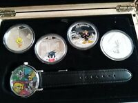 2015 LOONEY TUNE FINE SILVER COLOURISED COINS AND WATCH SET