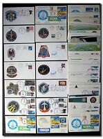 COLLECTION OF 100 DIFFERENT US SPACE SHUTTLE COVERS - 9E381