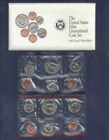 1992 UNCIRCULATED US MINT SET WITH ENVELOPE GOOD CONDITION