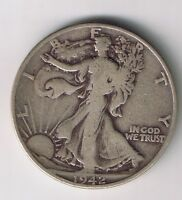 1942 P WALKING LIBERTY HALF DOLLAR 50 CENTS SILVER COIN 1/2 $1 NICE FIFTY CENT