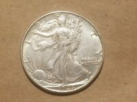 1946 P WALKING LIBERTY HALF DOLLAR 50 CENTS SILVER COIN FIFTY CENTS 1/2 AU NICE