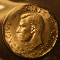 1945 CANADA 5 CENT ::ICCS EF 40::PLANCHET FLAW