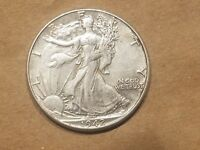 1942 P WALKING LIBERTY HALF DOLLAR 50 CENTS SILVER COIN 1/2 ABOUT UNC AU NICE