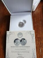 WORLDS FIRST .999 SILVER SOVEREIGN IN CAPSULE