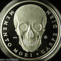 PALAU 2010 MEMENTO MORI  SILVER SKULL COIN    LY HARD TO FIND