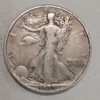 1939     WALKING LIBERTY HALF DOLLAR NICE 90 SILVER COIN   127