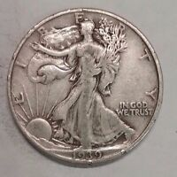 1939     WALKING LIBERTY HALF DOLLAR NICE 90 SILVER COIN   129