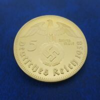 COMMEMORATIVE COIN COLLECTION DAS DRITTE REICH PRESIDENT HINDENBURG GERMAN BADGE