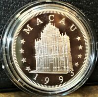 1993 MACAU YEAR OF THE ROOSTER PROOF SILVER 100 PATACAS COIN