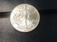 2018 $1 AMERICAN SILVER EAGLE. UNCIRCULATED AND BEAUTIFUL CO