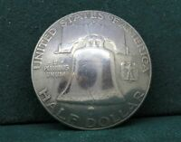 VINTAGE USA LIBERTY BELL  FRANKLIN HALF DOLLAR DOMED BUTTON 1951