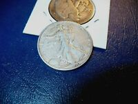 1940 S WALKING LIBERTY HALF DOLLAR
